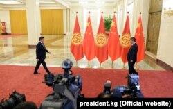 Встреча Сооронбая Жээнбекова и Си Цзиньпина.