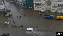 Нөсерден су басқан Лахор қаласы. Пәкістан, 4 қыркүйек 2014 жыл.