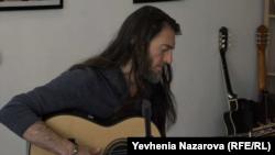 Естас Тонне грає у Запоріжжі