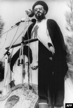 محمد موسوی خوئینی، رهبر دانشجویان اشغالکننده سفارت