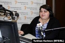 Хадиджа Исмаилова Азаттықтың Әзербайжан қызметінде хабар жүргізіп отыр.