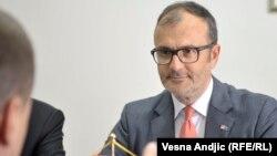 """""""Napredak je dobar, ali ne treba da se uljuljkujete jer su reforme stalan proces"""", kazao je Fabrici"""