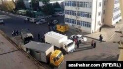 Aşgabadyň ýaşaýjylaryna gaz ölçeýjileri oturtmak üçin 15-nji dekabra çenli möhlet berildi