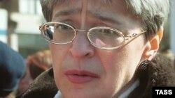 Российский журналист Анна Политковская, убитая 7 октября 2006 года в Москве.