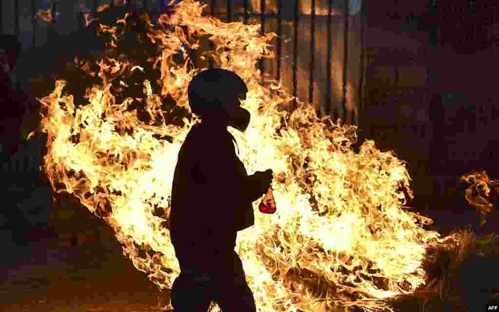 Вогненная блякада, усталяваная прыхільнікамі былога прэзыдэнта Балівіі Эва Маралеса.