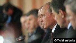 Владимир Путин милләтара мөнәсәбәтләр шурасы утырышында