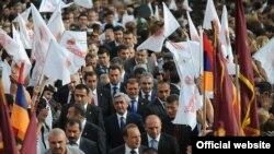 Предвыборная встреча РПА в ереваснкой общине Ачапняк, 3 мая 2012 г.