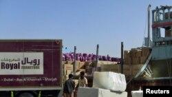خاوند:امارات در واقع يک سکوی صادرات و وارادت است بين ايران و دنيا.