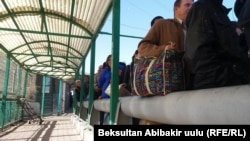 There have been long lines at the Kyrgyz-Kazakh border in recent days.