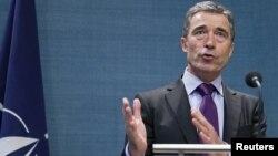 Netherlands - NATO Secretary-General Anders Fogh Rasmussen of Denmark gives a news conference at the Catshuis in the Hague, 14Jul2011