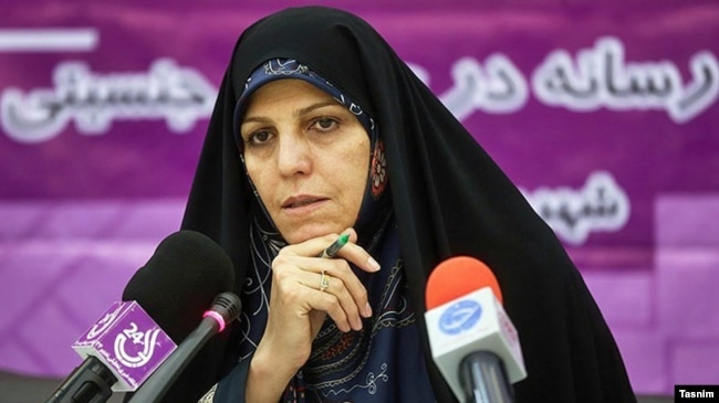 Former Vice President Shahindokht Molaverdi says she believes the decisions by the Guardians Council will alienate voters at a critical time.