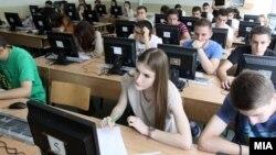 Екстерно тестирање во скопските училишта.