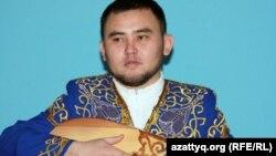 Мұхтар Ниязов, айтыскер ақын.