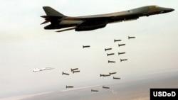 بمب افکن بی-۱