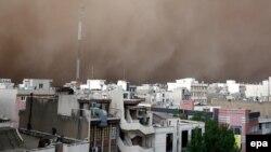 Тегерандагы чаң бороон, 2-июнь, 2014.