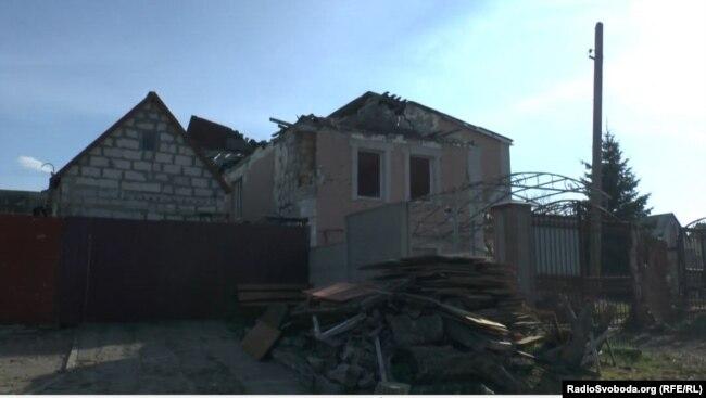 Зруйнований будинок у Металісті