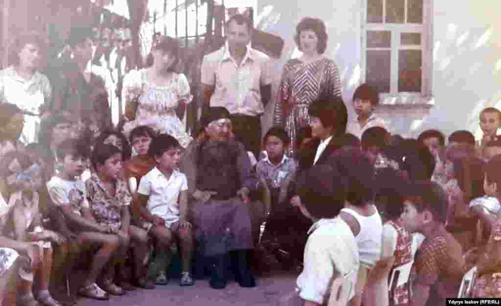 Воспитательница детского сада №1, куда ходил Айтматов.
