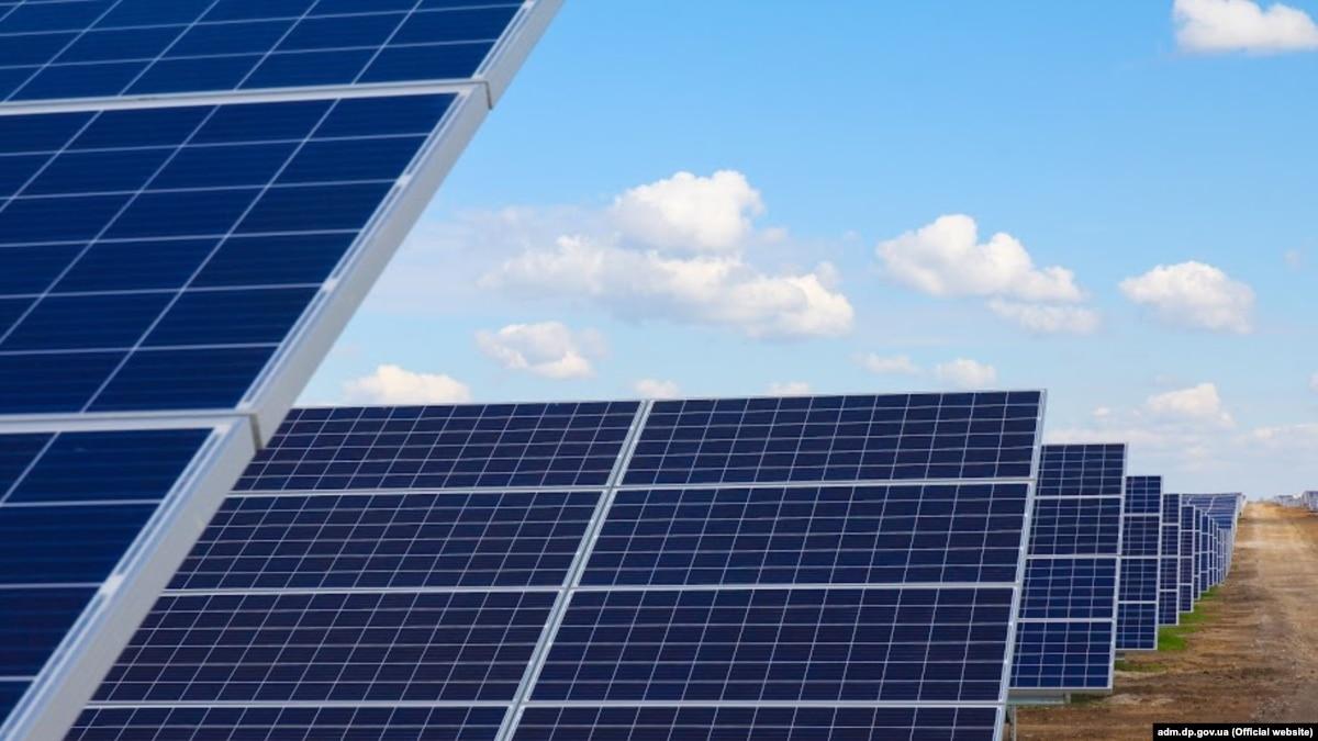 В Днепропетровской области на полную мощность заработала крупнейшая солнечная электростанция Украины