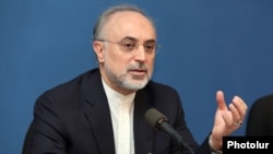 Armenia - Iranian Foreign Minister Ali Akbar Salehi at a news conference in Yerevan, 08Nov2011.