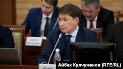 Премьер-министр Кыргызстана Сапар Исаков.