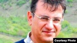 کشیش روبرت آسریان، یکی از رهبران کلیسای جماعت ربانی تهران.