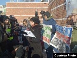 Пикет перед посольством ФРГ в Киеве с требованием ввести санкции против режима Януковича