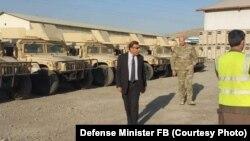 شماری از هاموی های که از سوی حمایت قاطع به حکومت افغانستان کمک شده است.