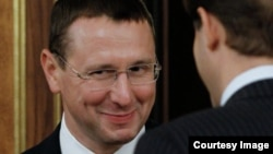 По официальной информации, Олег Говорун покинул свой пост в связи с семейными обстоятельствами