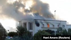 Pamje të ministrisë së Jashtme të Libisë gjatë sulmit të 25 dhjetorit.