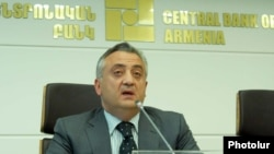 Armenia -- RA Central Bank Chairman Artur Javadian gives a press conference, Yerevan, 14Jun2011