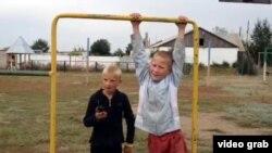 Дети в поселке Калачи. Акмолинская область, 7 сентября 2014 года.