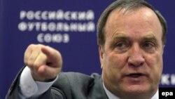 Ресей құрамасының бас бапкері Дик Адвокат. Мәскеу, 18 мамыр 2010 жыл.