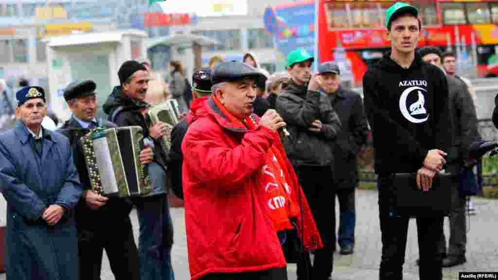 Милли хәрәкәт оештырган митингта коммунистлар партиясенең Татарстан бүлеге башлыгы Хафиз Миргалимов та чыгыш ясады