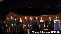 Cei mai valoroși tineri violonceliști, participanți la Concertul de închidere al sesiunii de masterclass de la Kronberg