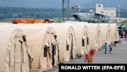 محل اقامت موقت پناهندگان افغان در پایگاه هوایی ایالات متحده در رامشتاین، آلمان، ۳۰ اوت ۲۰۲۱