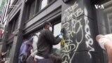 Proteste SUA: Voluntari curăță dimineața după manifestațiile din noaptea precedentă