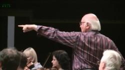 Un interviu cu dirijorul Octav Calleya