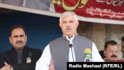 په خیبر پښتونخوا کې هم د تحریک انصاف ګوند حکومت دی او مشري یې له سوات سره اړه لرونکی وزیراعلا محمود خان کوي.
