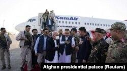 Прибывший в Мазари-Шариф президент Афганистана Ашраф Гани. 11 августа 2021 года.