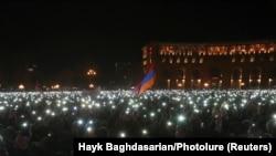 Митинг сторонников Пашиняна