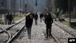 Мігранти і біженці на кордоні Греції та Македонії, 4 березня 2016 року