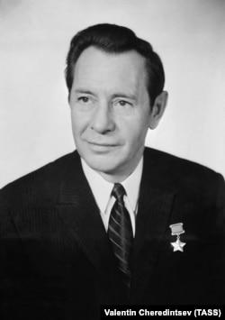 Пётар Машэраў, 1971 год