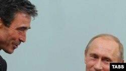 Андерс Фоґ Расмуссен та Володимир Путін