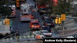Рятувальники на місці нападу в Нью-Йорку, США, 31 жовтня 2017 року
