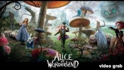 "Тим Бертонның 2010 елда чыккан ""Алиса могҗизалар илендә"" фильмы постеры"
