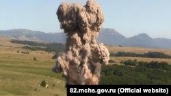 Знешкодження авіабомби в Криму, архівне фото
