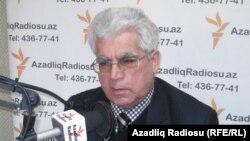 Адвокат Асабали Мустафаев.