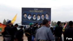 زائران ایرانی مراسم اربعین امسال در راه سفر به عراق