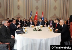 Delegacije Srbije, BiH i Turske u Istanbulu, april 2010.