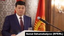 Бакыт Торобаев.